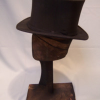 Side View of Black Collapsible Top Hat