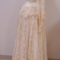 Side View of 1949 Wedding Dress