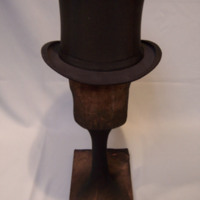 Front View of Black Collapsible Top Hat